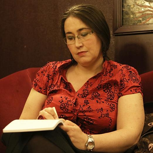 A nő, aki beleszületett az irodalomba, és azóta is benne él – Szabó T. Anna